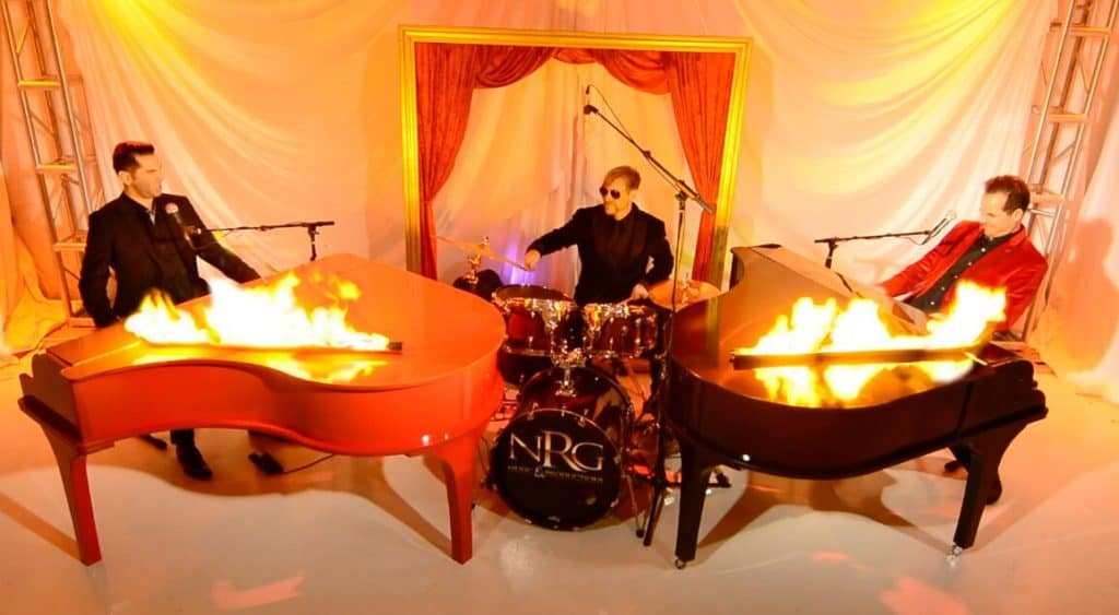 Dueling Pianos on Fire_preview